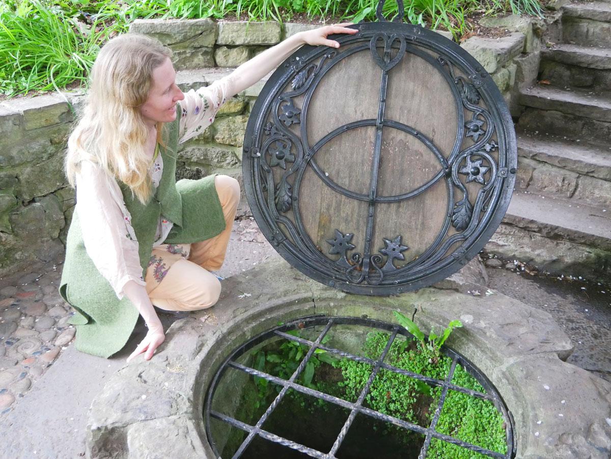 Chalice Well, die heilige Quelle von Glastonbury